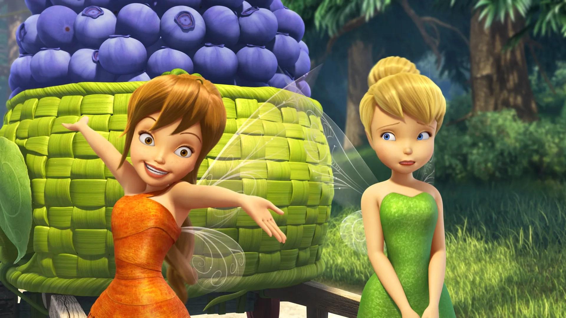 Ta Da Ginnifer Goodwin Turns Into Tinker Bell S Best Friend Fairy Exclusive