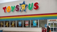 Toys R Us: Store-closing sales begin
