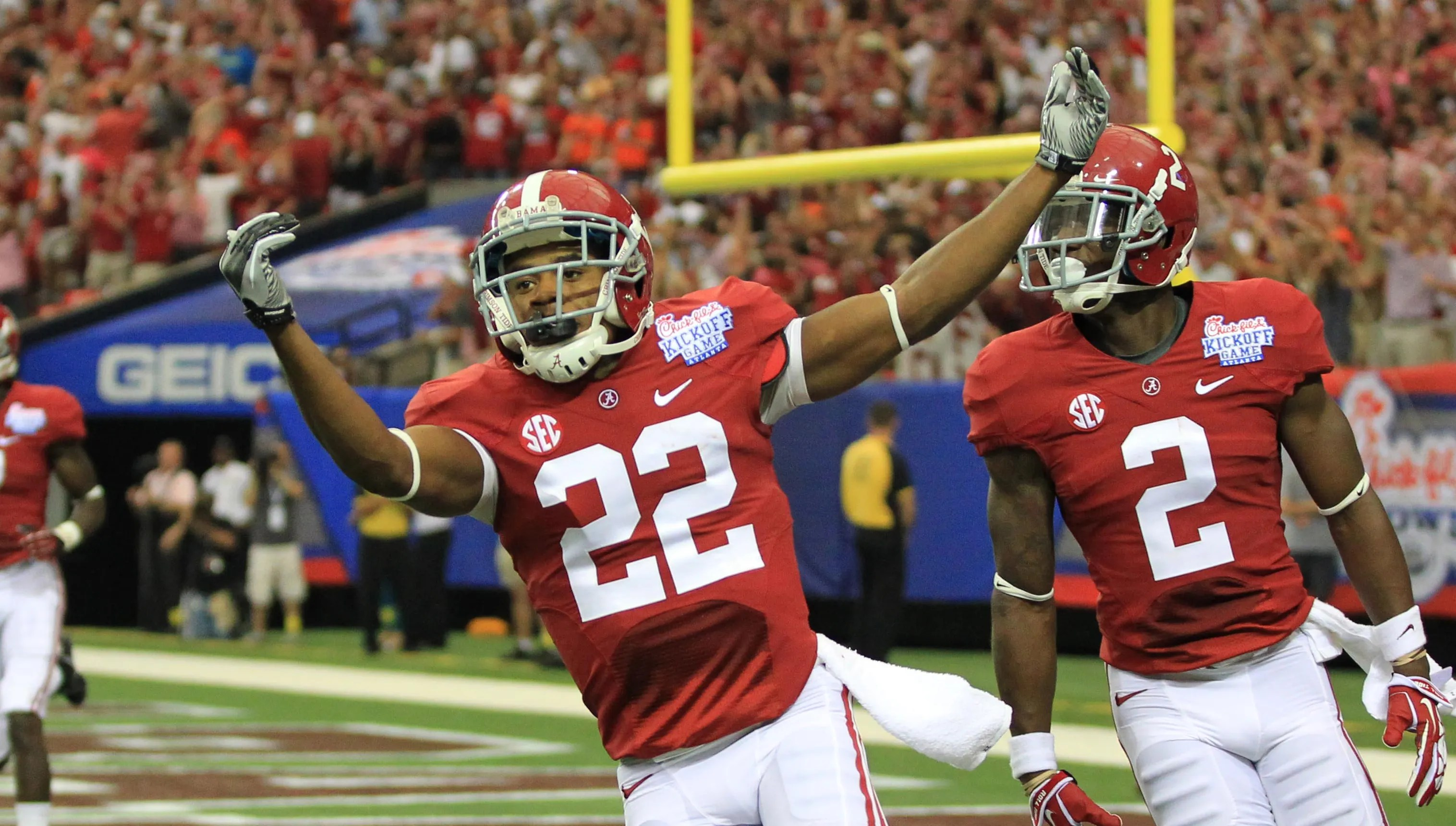Alabama S Offense Absent But Christion Jones Shows Up