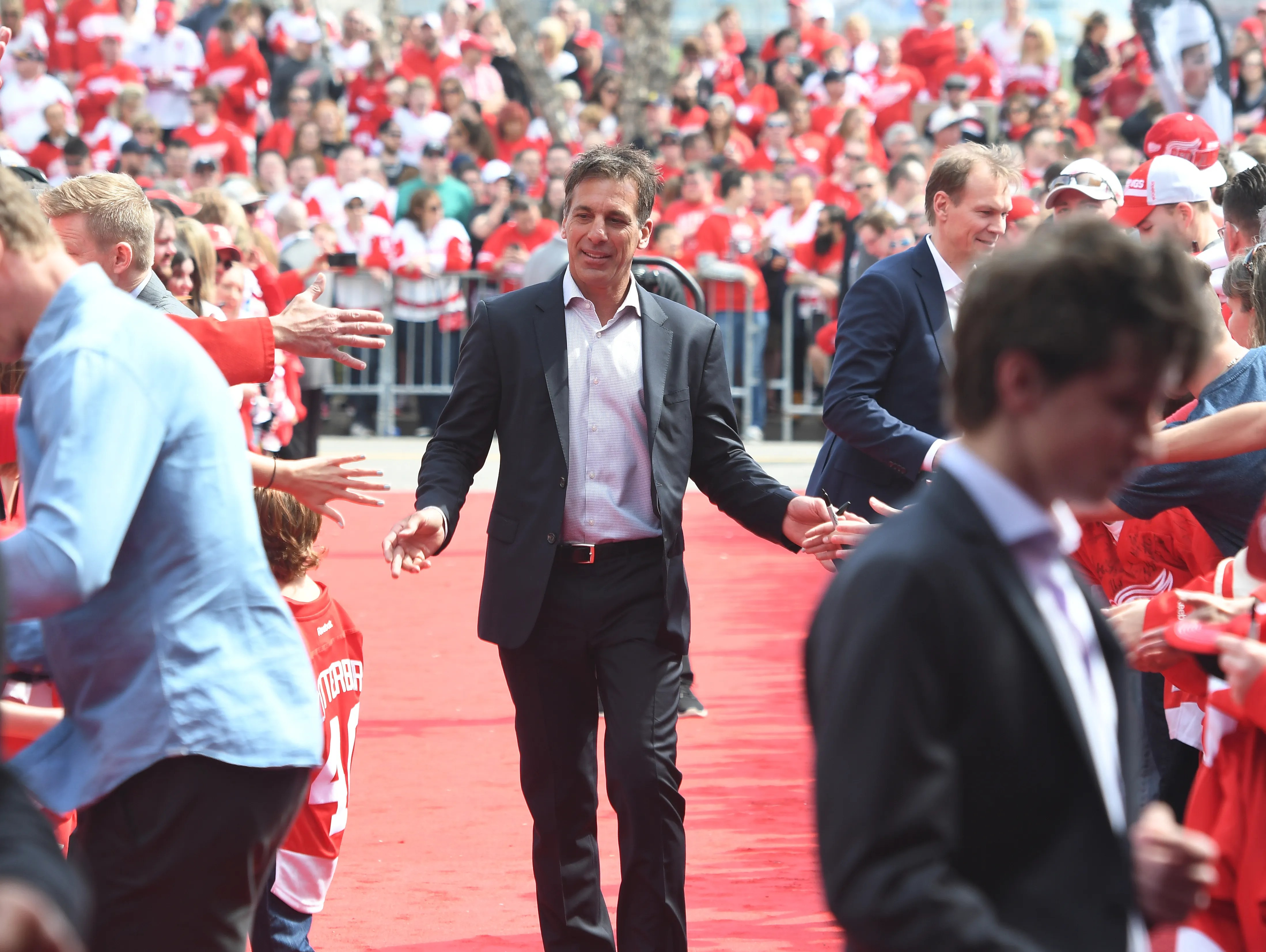 Chris Chelios Leaves Detroit Red Wings To Return To Chicago