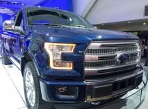 Sales trouble? Ford offers hefty F-150 pickup discounts