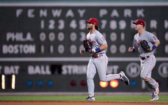 Harper, Dickerson help Phillies beat Boston 5-2