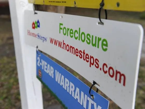 foreclosure sign florida 2012