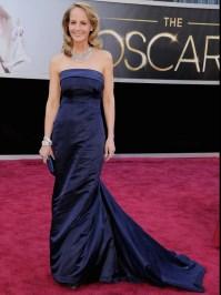 Helen Hunt wears H&M dress on Oscars red carpet