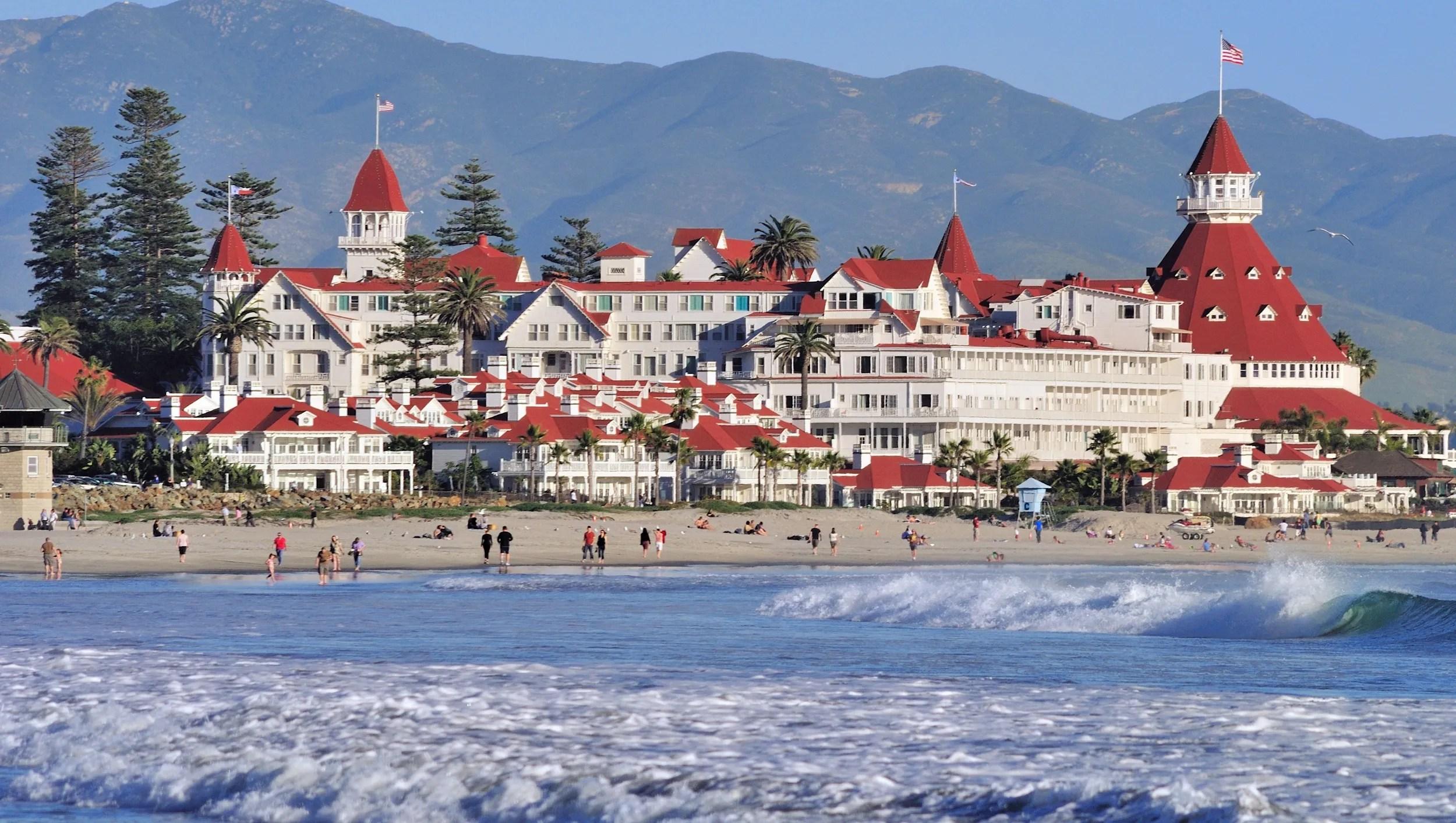 Majestic Hotel Del Coronado San Diego Turns 125