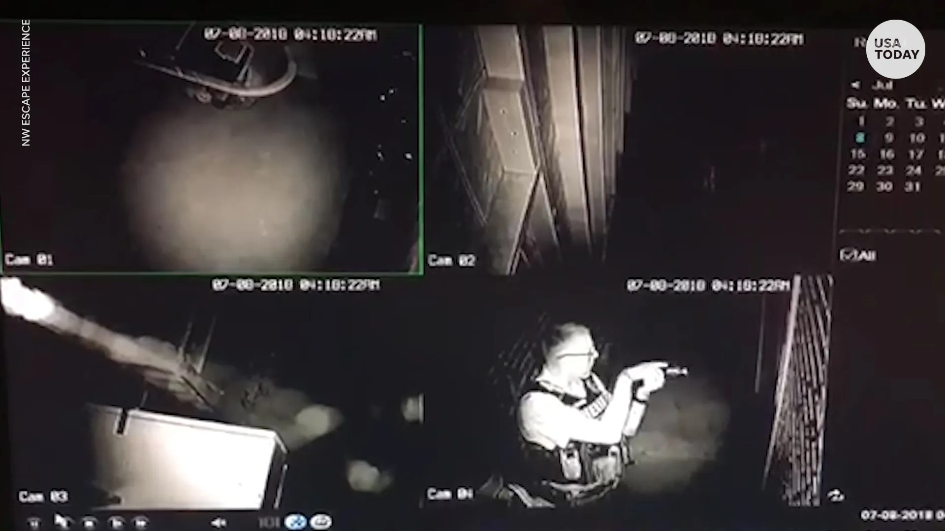 Burglar trapped in escape room calls 911