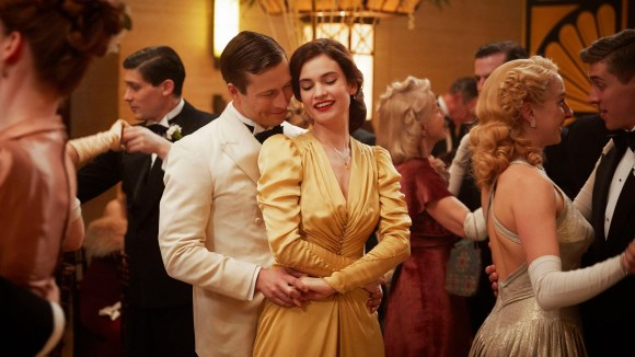 """Glen Powell plays Lily James' American fiancé in """"The Guernsey Literary and Potato Peel Pie Society."""""""