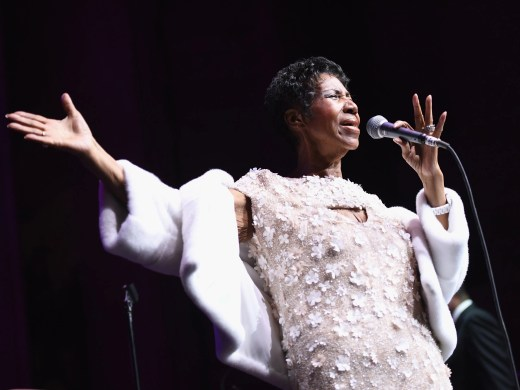 NEW YORK, NY - NOVEMBER 07: Aretha Franklin performs onstage at the Elton John AIDS Foundation Commemorates Its 25th Year And Honors Founder Sir Elton John During New York Fall Gala at Cathedral of St. John the Divine on November 7, 2017 in New York City. (Photo by Dimitrios Kambouris/Getty Images) ORG XMIT: 775070620 ORIG FILE ID: 871484838