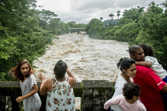 After Lane exits, torrential downpours, renewed flooding a concern in Hawaii