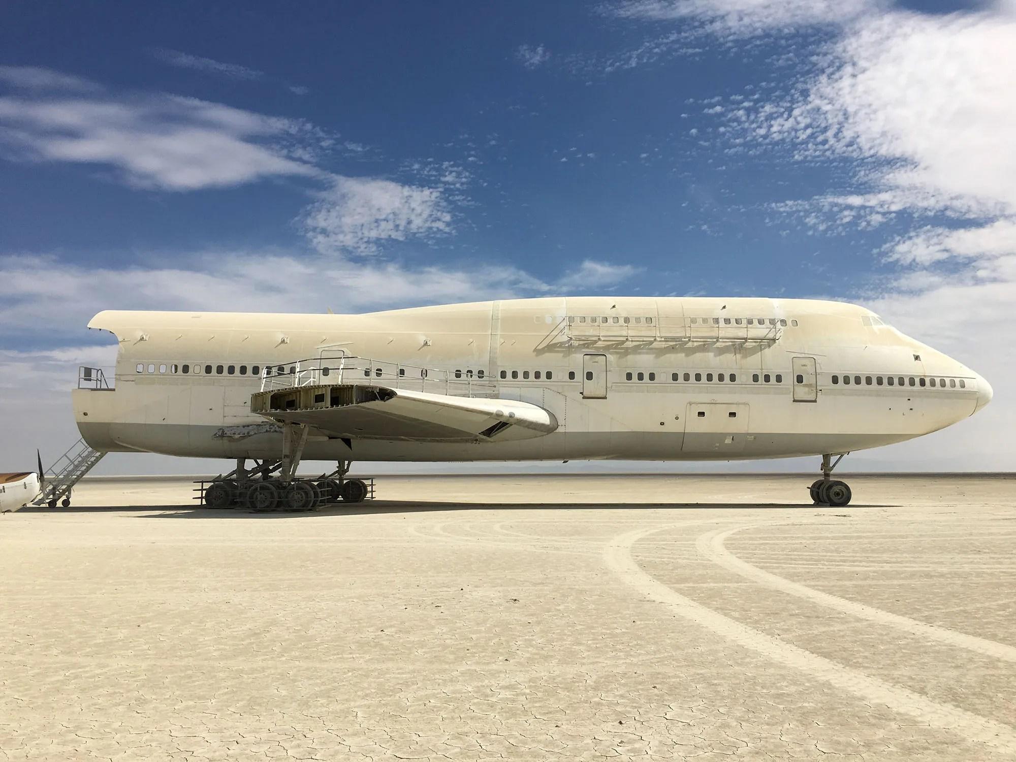 burning man 747 plane
