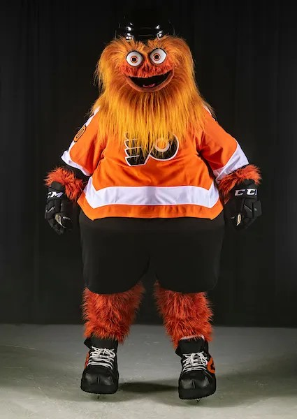 Flyers Gritty Gets A Philadelphia Style Welcome Filled