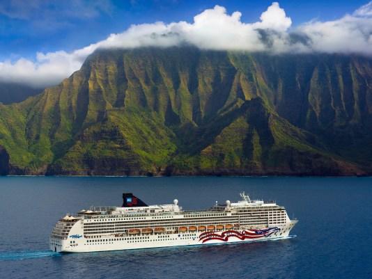 Ncl Cruise Line Pride Of America Na Pali Coast Kauai Hawaii