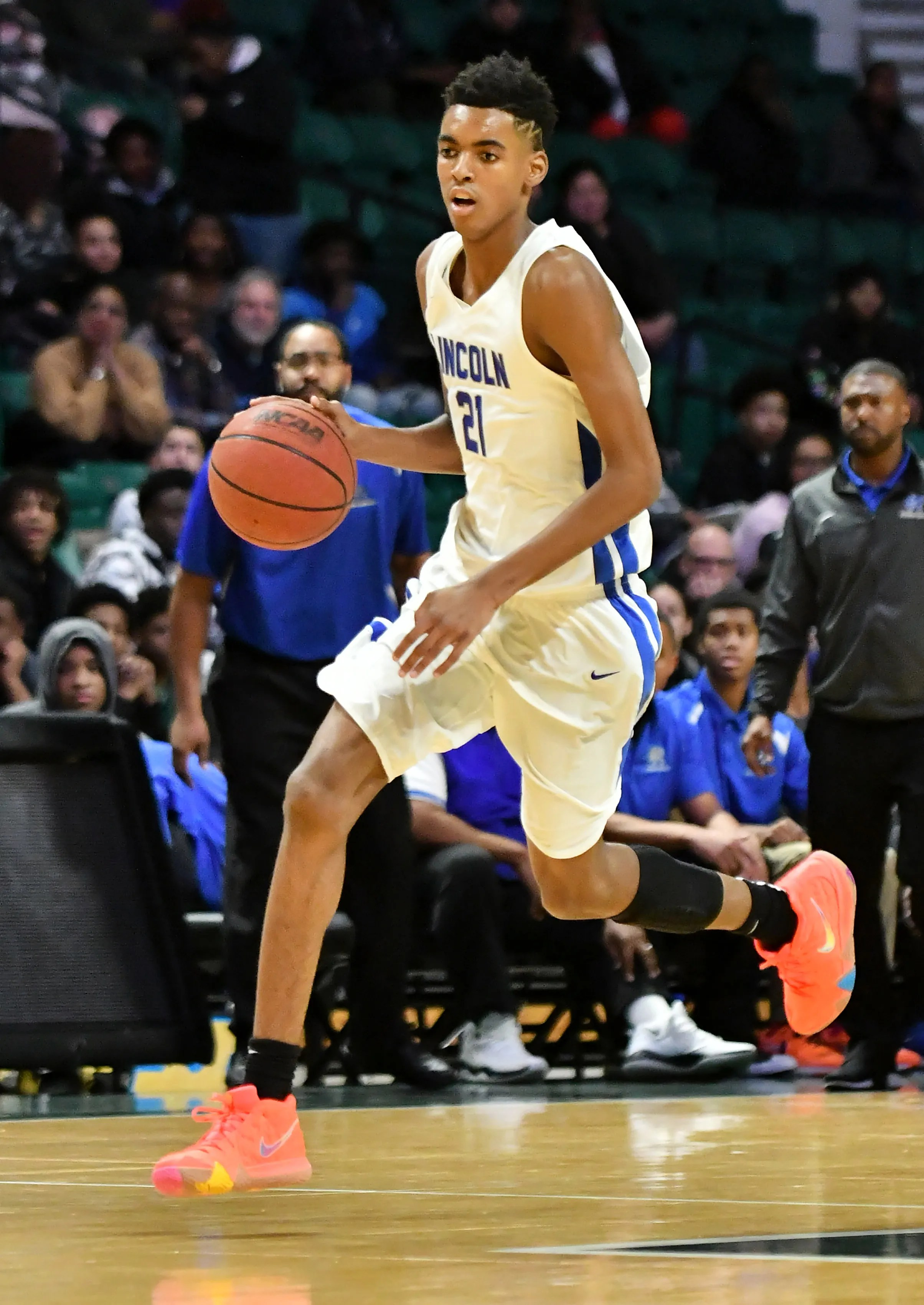 Top Rated Freshman Emoni Bates Shows Flashes Of Kevin Durant