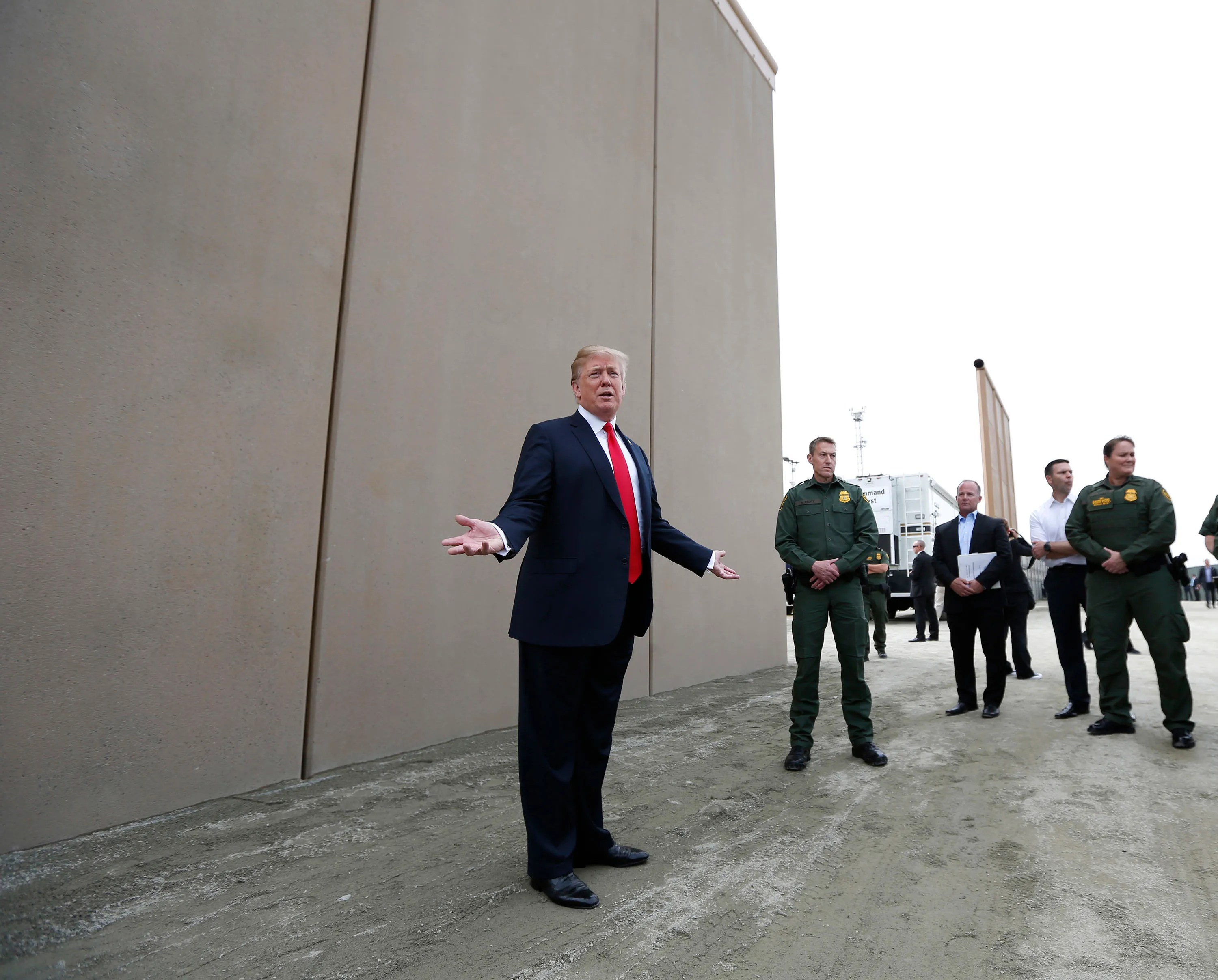 Trump S Border Wall Prototypes To Be Removed