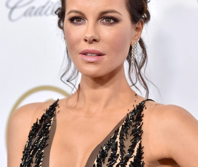 Kate Beckinsale Teases Fan Who Cant Tell Pete Davidson From Freddie Mercury