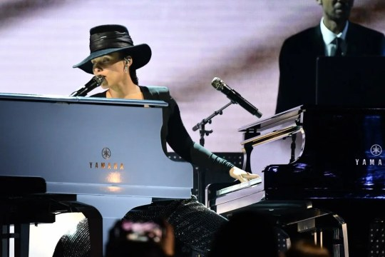 """Alicia Keys performs a """"Songs I'd Wish I'd Written"""" medley at the Grammys."""