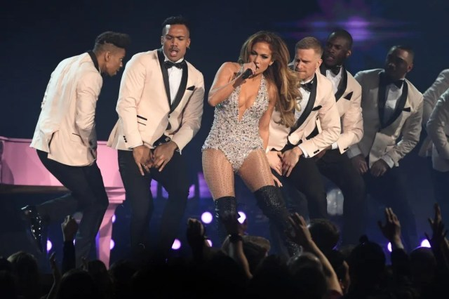 4d3d99cf-53e9-441f-b41e-0c5f24dd35dc-jlo Brutally honest reviews and ranking of every Grammys 2019 performance