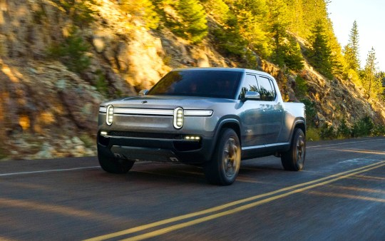 Rivian, an engineering startup based outside of Detroit in Plymouth Township, presented its R1T electrical concept for five people in conjunction with the 2018 LA Auto Show.