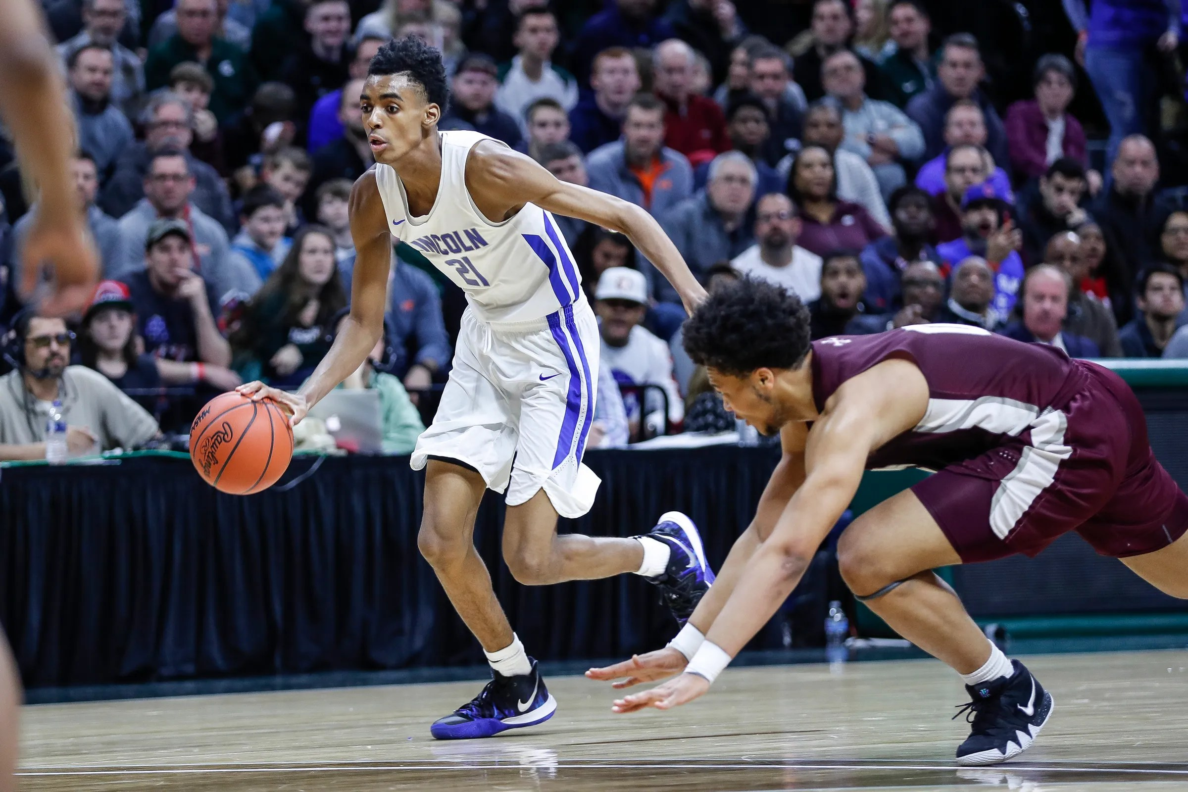Michigan State Basketball Offers Scholarship To Phenom