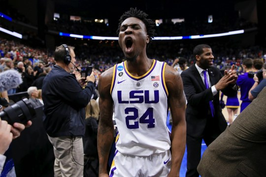 Emmitt Williams (24), striker of the LSU Tigers, celebrates his victory over the Maryland-Terrapins in the second round.