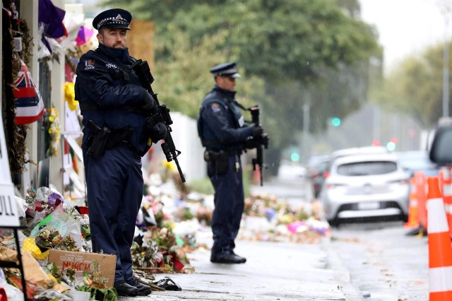 623309f9-41f3-4930-8eab-03b6aaea52cd-AFP_AFP_1FE13L New Zealand mosque shootings: Six in court on charges they sent attack images