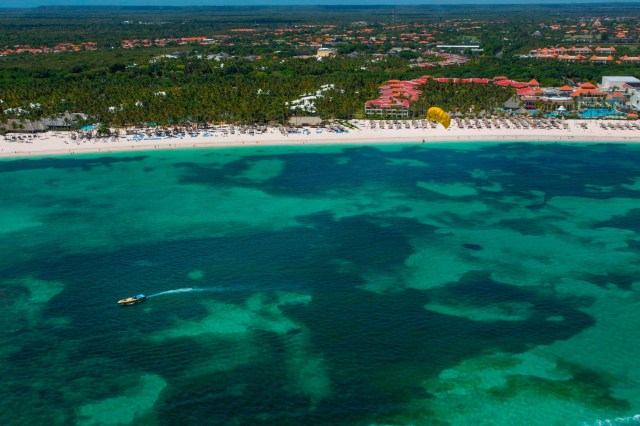 cdba50cf-f026-47aa-b7ee-42219cfaec5f-AFP_AFP_1HF2VV Rethinking a Dominican Republic vacation? Airlines are waiving change fees in wake of tourist deaths