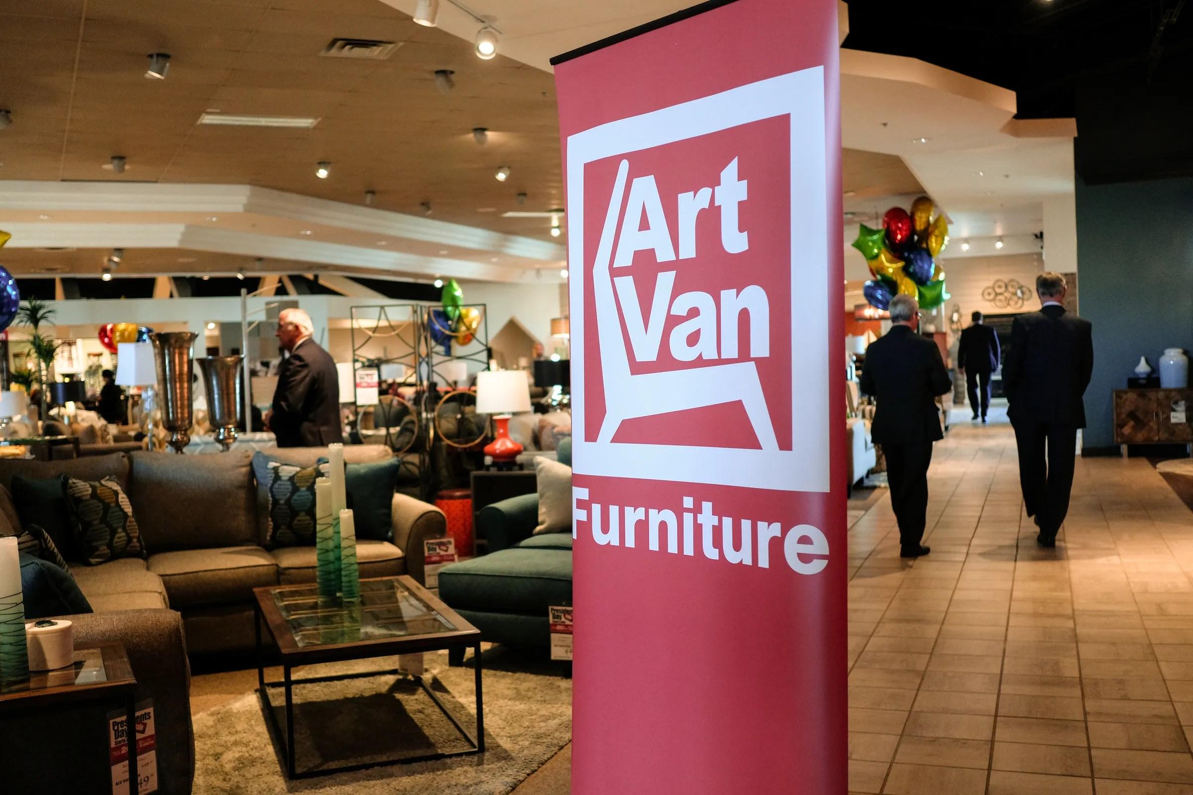 former art van furniture employees sue