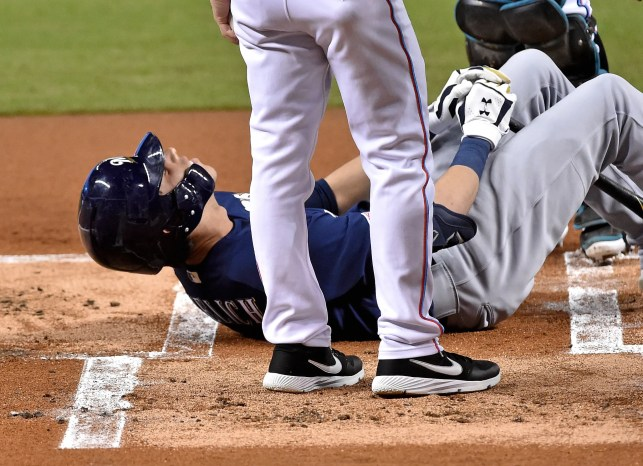 Reigning MVP Christian Yelich done for the season after fracturing kneecap in Brewers' win
