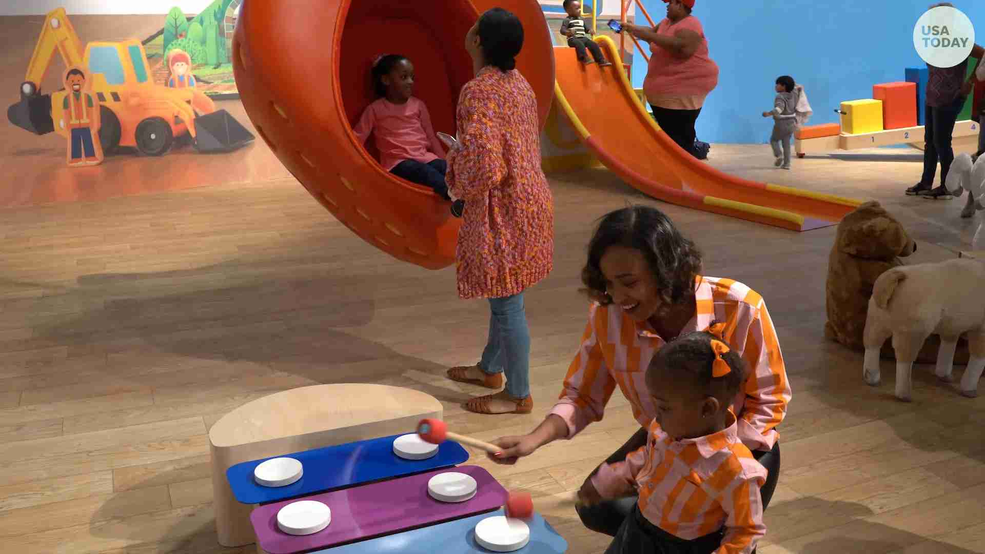 Toys R Us Debuts New Immersive Play Experience In Chicago
