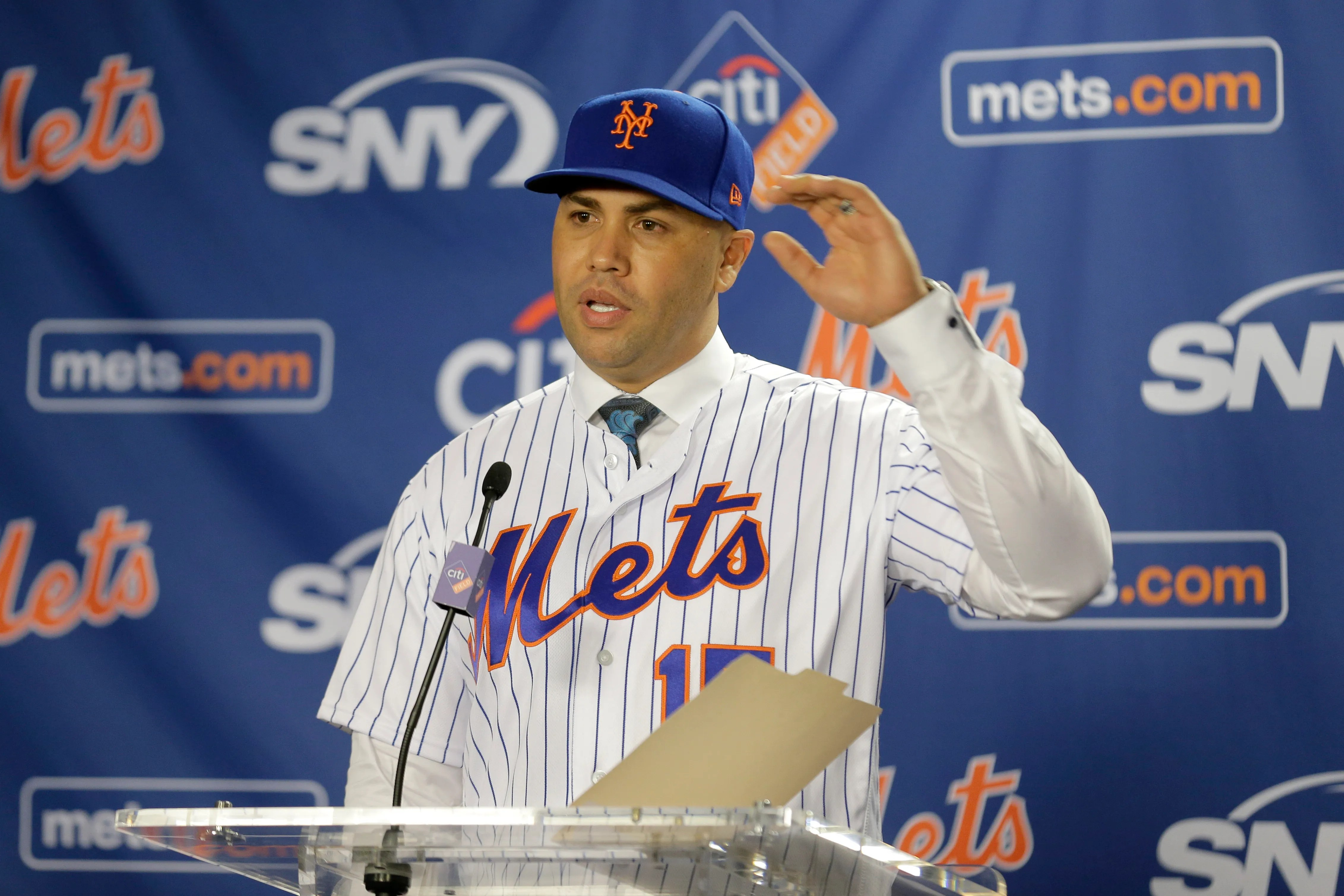 Mets Introduce Carlos Beltran As Team S New Manager