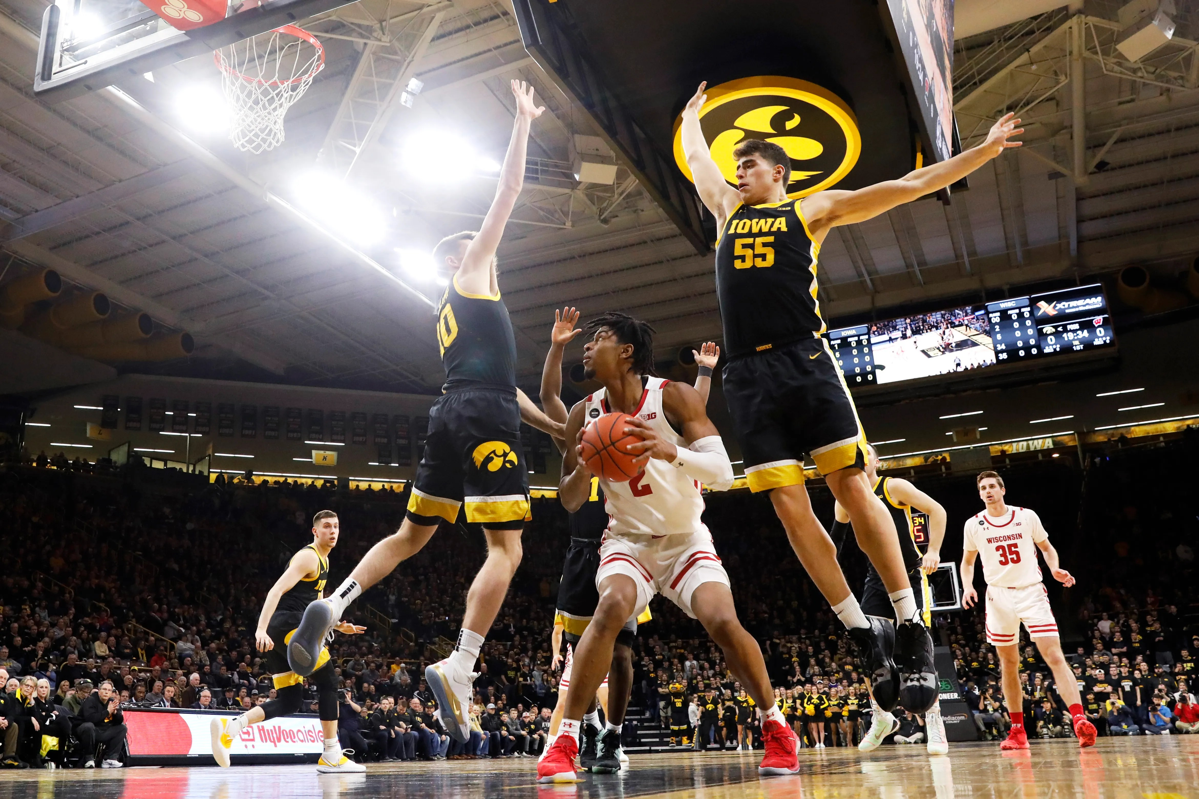 Iowa Basketball Has Gotten Serious About Defense In 5 Game