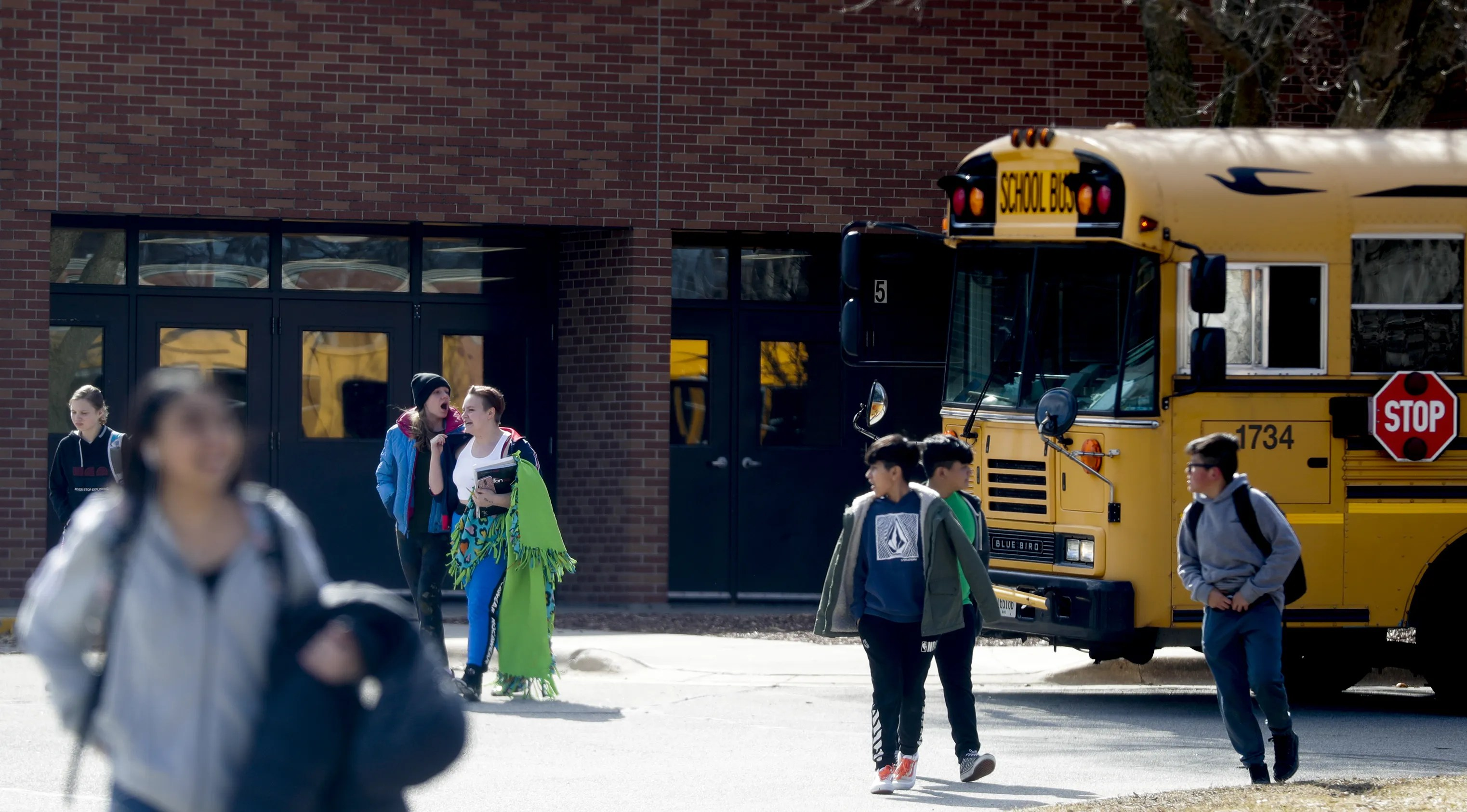 Coronavirus: Green Bay area schools to close for at least two ...