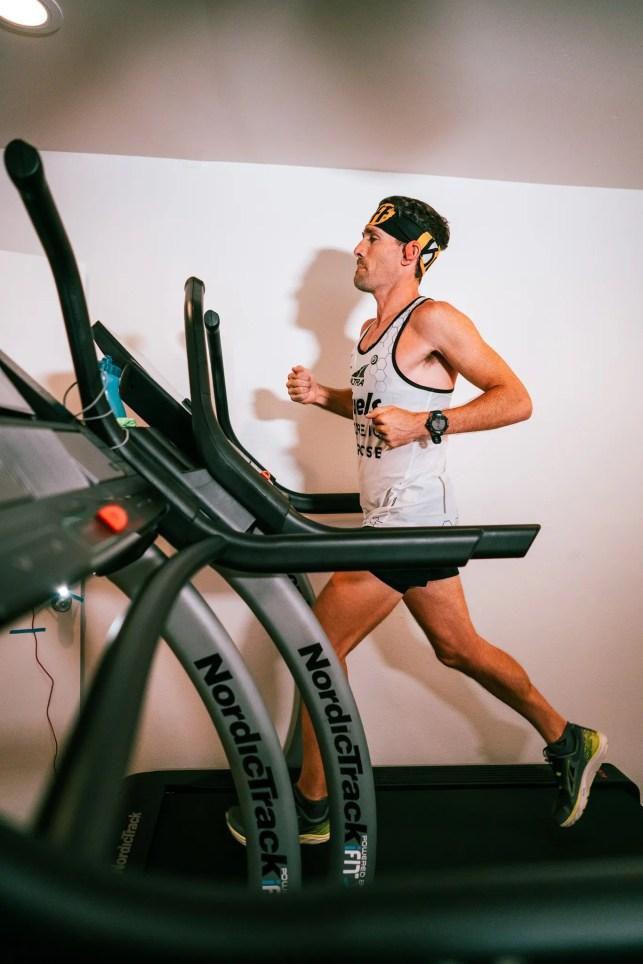 Ultramarathon runner Zach Bitter breaks 100-mile treadmill world record at home in Phoenix