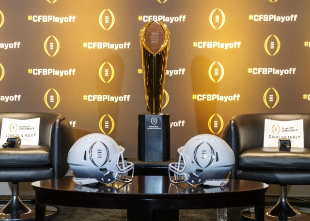f6f10f0e-f3db-4cac-af5c-9540da246124-playoff1GTY_1069243266 Notre Dame joins Alabama, Clemson, Ohio State in College Football Playoff field