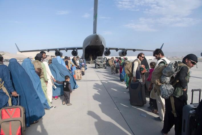 Afghanistan-Taliban live updates | अमेरिका ने सीमित खसरे के प्रकोप के बाद अफगानिस्तान से सभी निकासी उड़ानों पर लगाया रोक