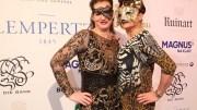 Die Gastgeberinnen Jenny Falckenberg und Stefanie Strasburger (c) Rike Schulz Bal Masqué