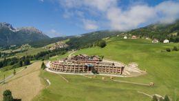Apin Panorama Hotel Hubertus von oben