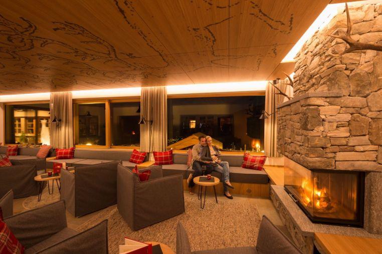 Hotel Hubertus - Blick in die Lounge