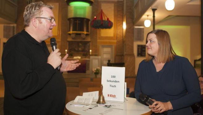 Lars Meier mit Katarina Fegebank im Gespräch