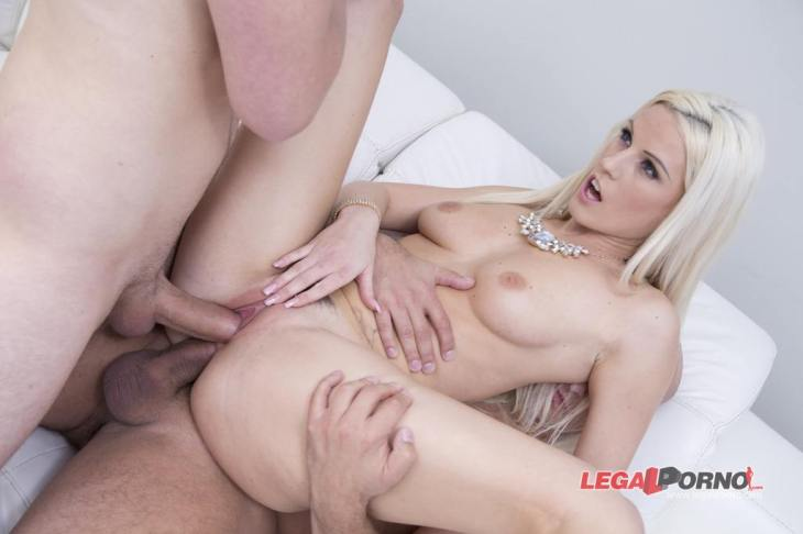 Angel Wicky Double Anal