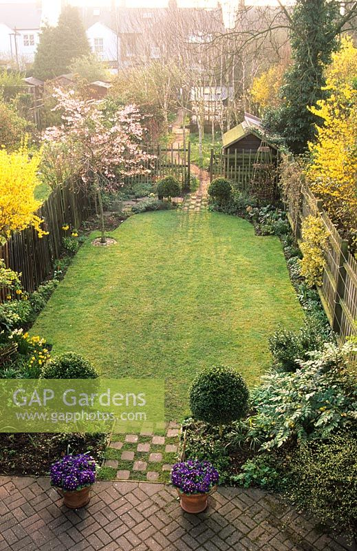 GAP Gardens Long Narrow Town Garden Divided Into