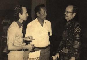 (Alm) Burhan Piliang satu satu pendiri TENA (paling kiri)