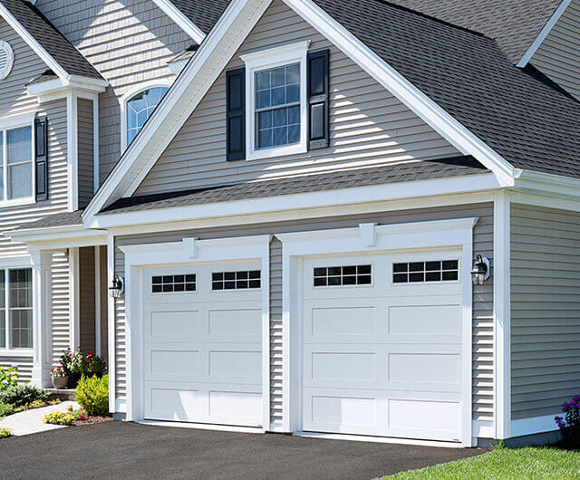 Shaker Flat Xl Shaker Flat Long Design From Garaga Garage Doors