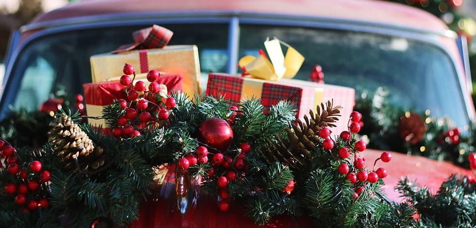 The 10 Best Christmas Car Decorations You Can Get This Season Garagechief