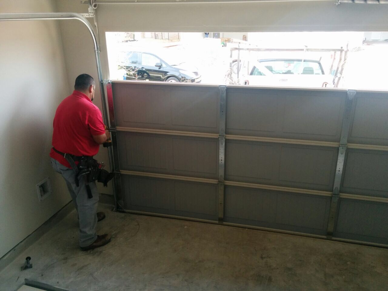 Garage Door Repair Riverview FL  9045313161  Fast