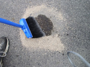 How to EASILY Clean Oil Spills From Your Driveway or Garage Floor