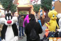 gardaland-tribe-history-eventi-special-show-looney-tunes-01