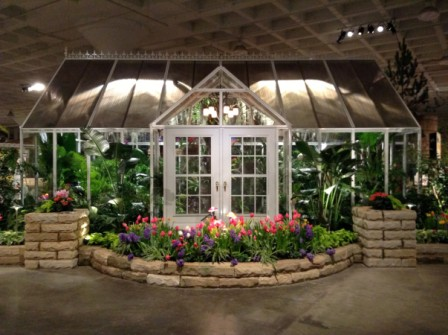 Choosing An Attached Or Freestanding Greenhouse And