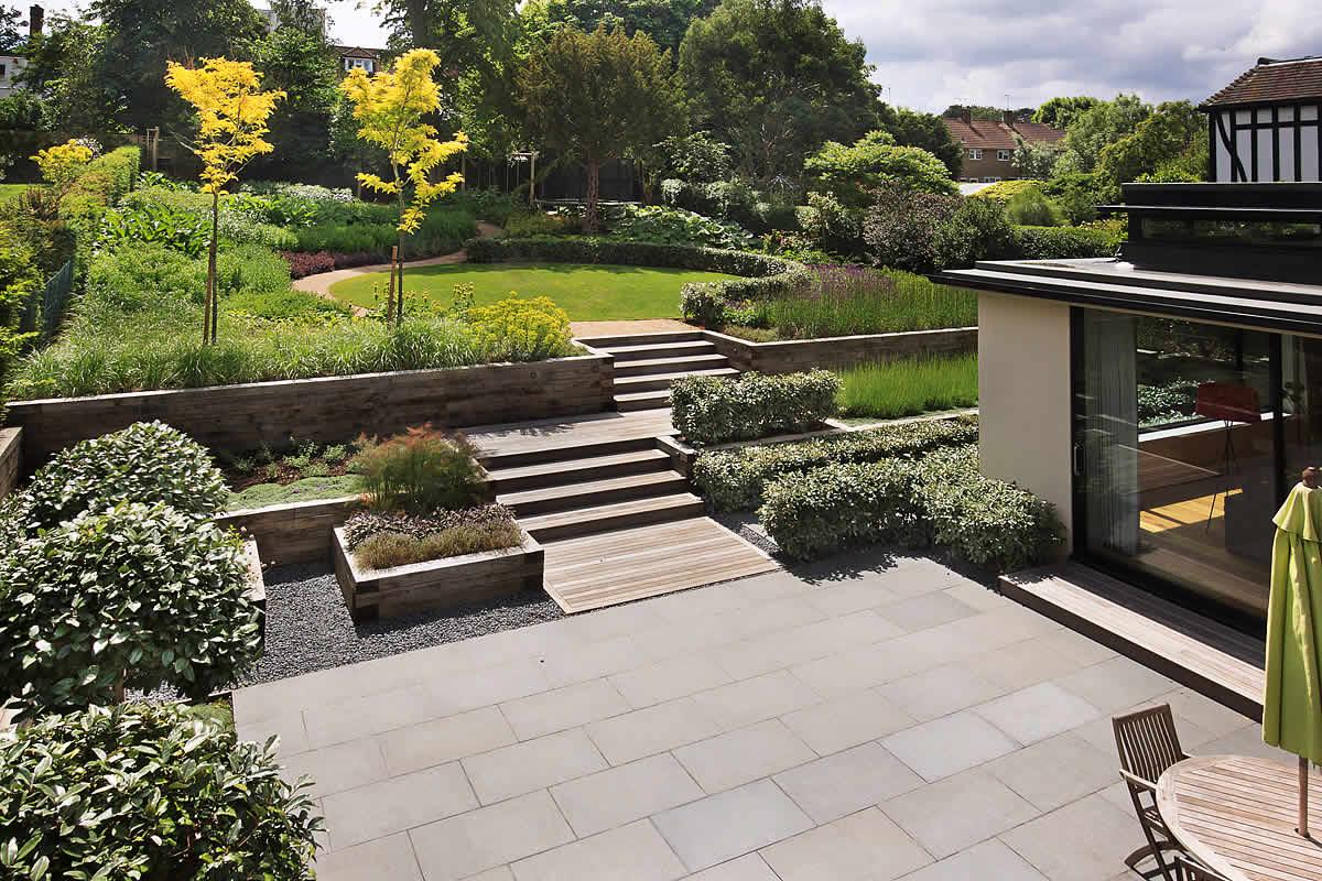 Beautiful town garden black granite stone paving hard wood gates