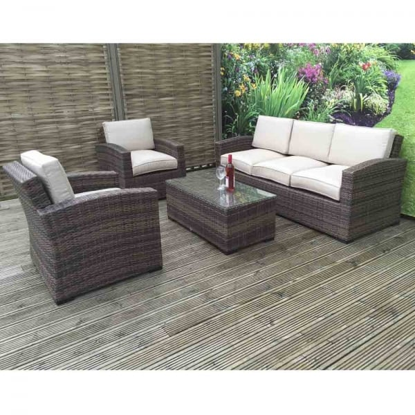 Ready to refresh your dining room's decor? Della 3 Seater Rattan Sofa Set in Synthetic Rattan